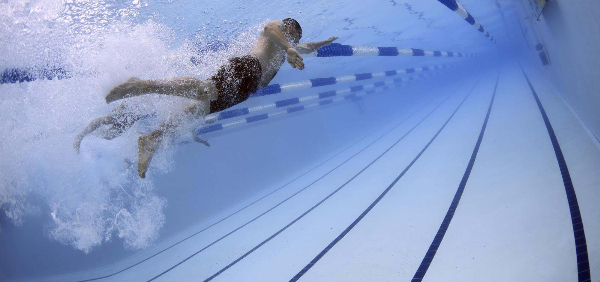 it:Nuotare|fr:Nager|en:Schwimmen|de:Schwimmen